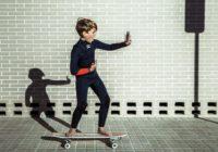 Regarder Instagram depuis son skate
